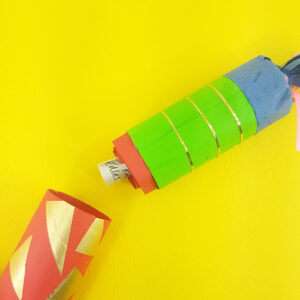 make your own reusable Christmas crackers